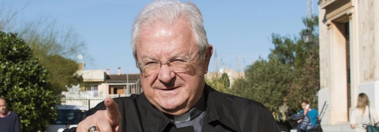 el papa degrada al obispo de mallorca ucpilladoud con su secretaria