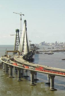 Rajiv Gandhi Sea Link: First sea bridge of India