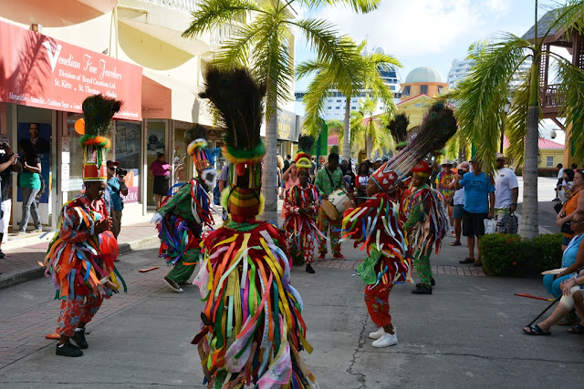 Port Zante dancing