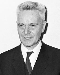 Jan Tinbergen penerima Nobel Ekonomi pertama 1969