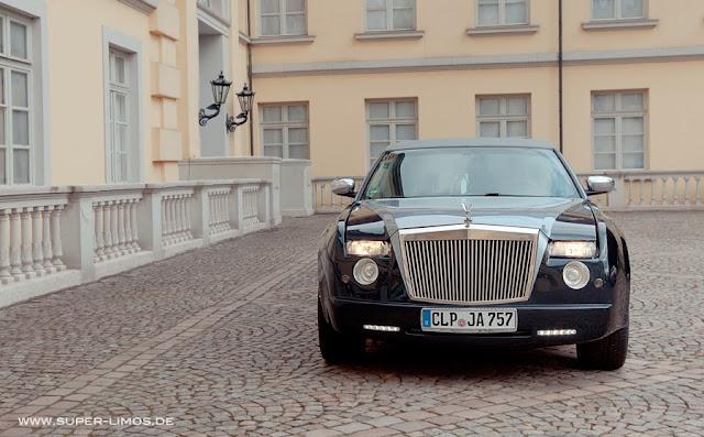 Limousine Hamburg, Hannover, Bielefeld. Limousinenservice deutschlandweit.