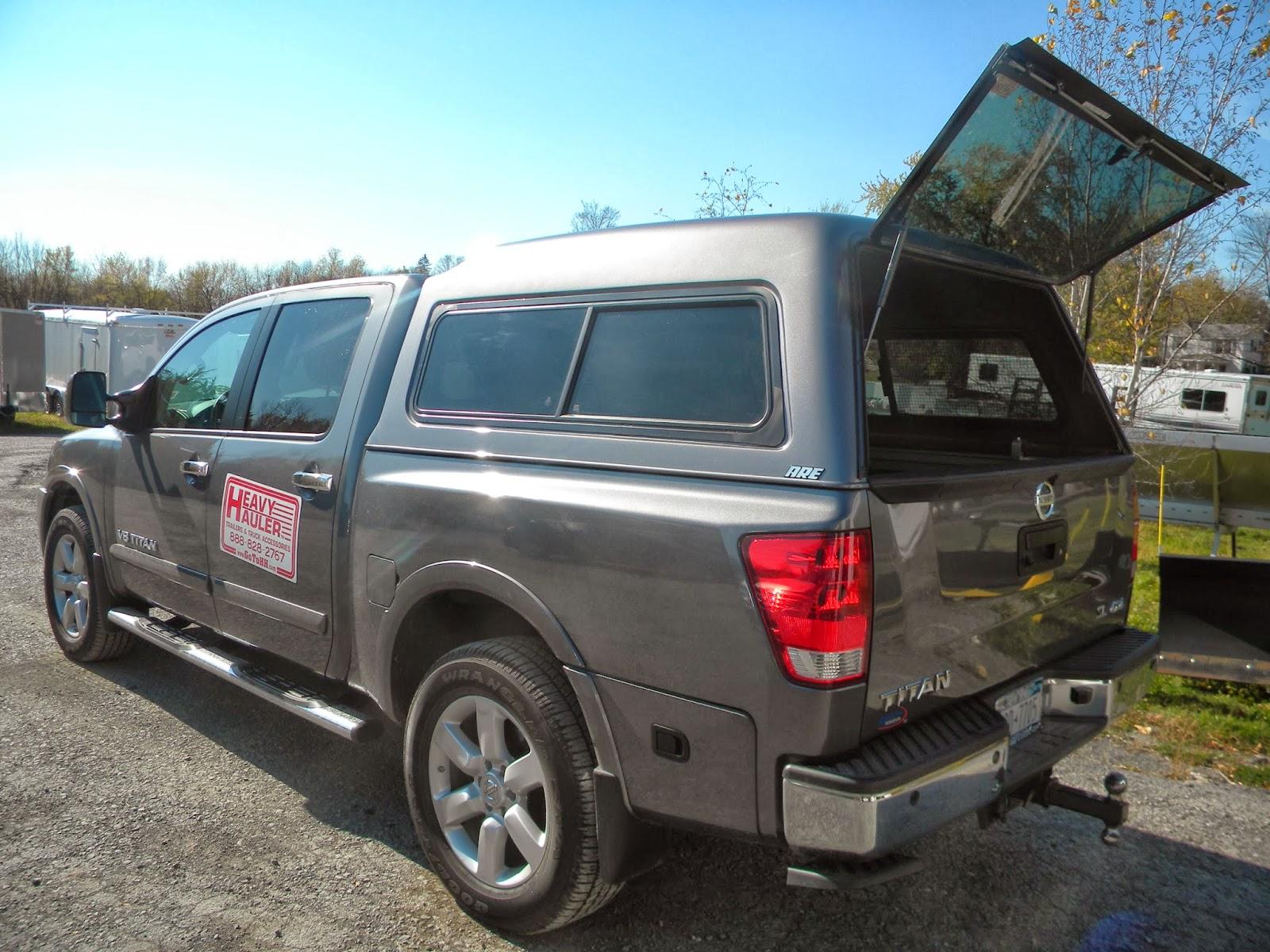 2012 Nissan Titan XTRA Short Bed with A.R.E. - MX Series Truck Cap ... 2f0107313ea3