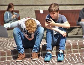 use smartphones