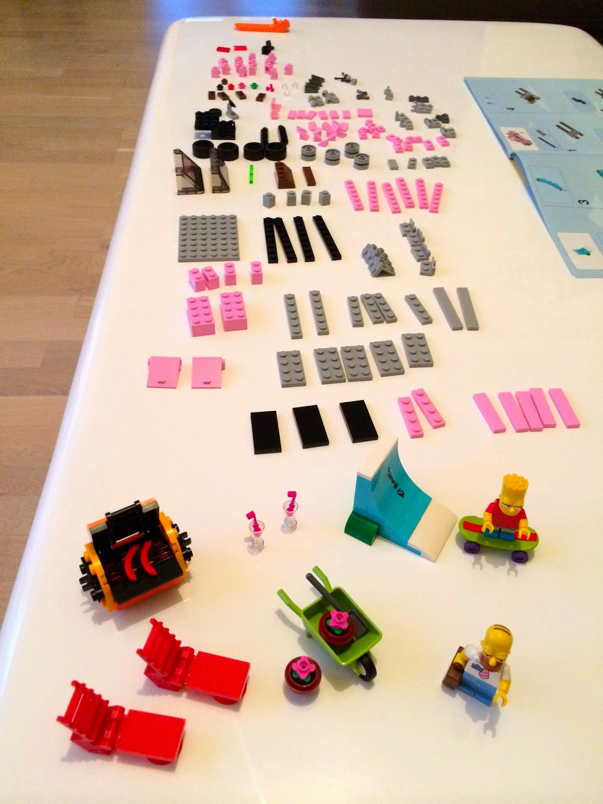 spawnzon blog mein lego simpsons haus aufbau teil 1. Black Bedroom Furniture Sets. Home Design Ideas