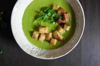 Σούπα με αρακά και πράσο