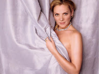 Kim Cattrall Wallpapers 11