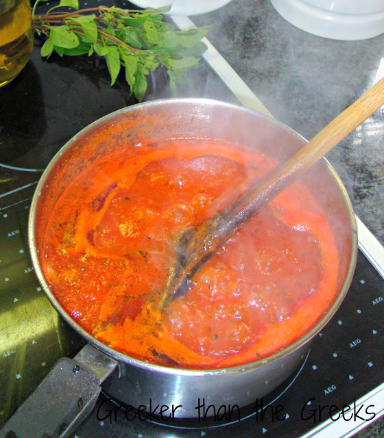 Quick Greek Tomato sauce simmering