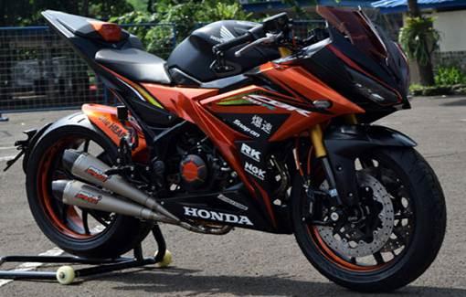 Kumpulan Hasil Modifikasi Motor Honda CBR 150 Terbaru 2017