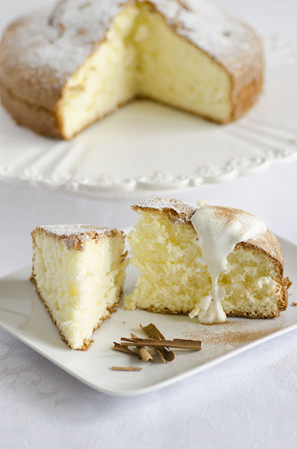 torta soffice con yugurt alla cannella