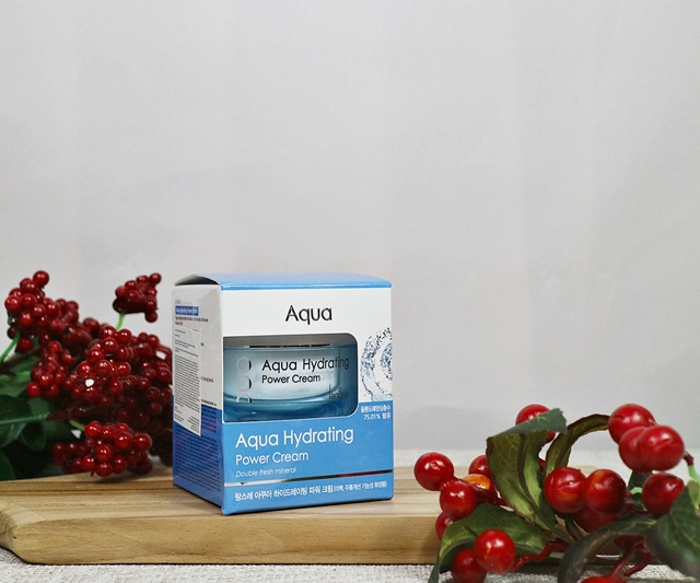 Aqua Hydrating Power Cream