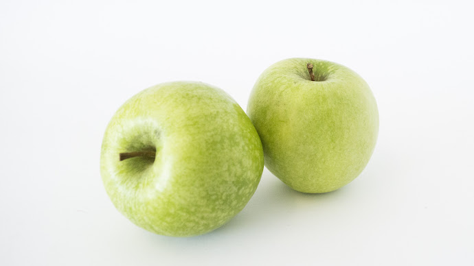 Wallpaper: Apples