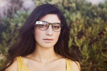 砍掉重練?Google眼鏡偷學蘋果,找iPod之父操刀改造