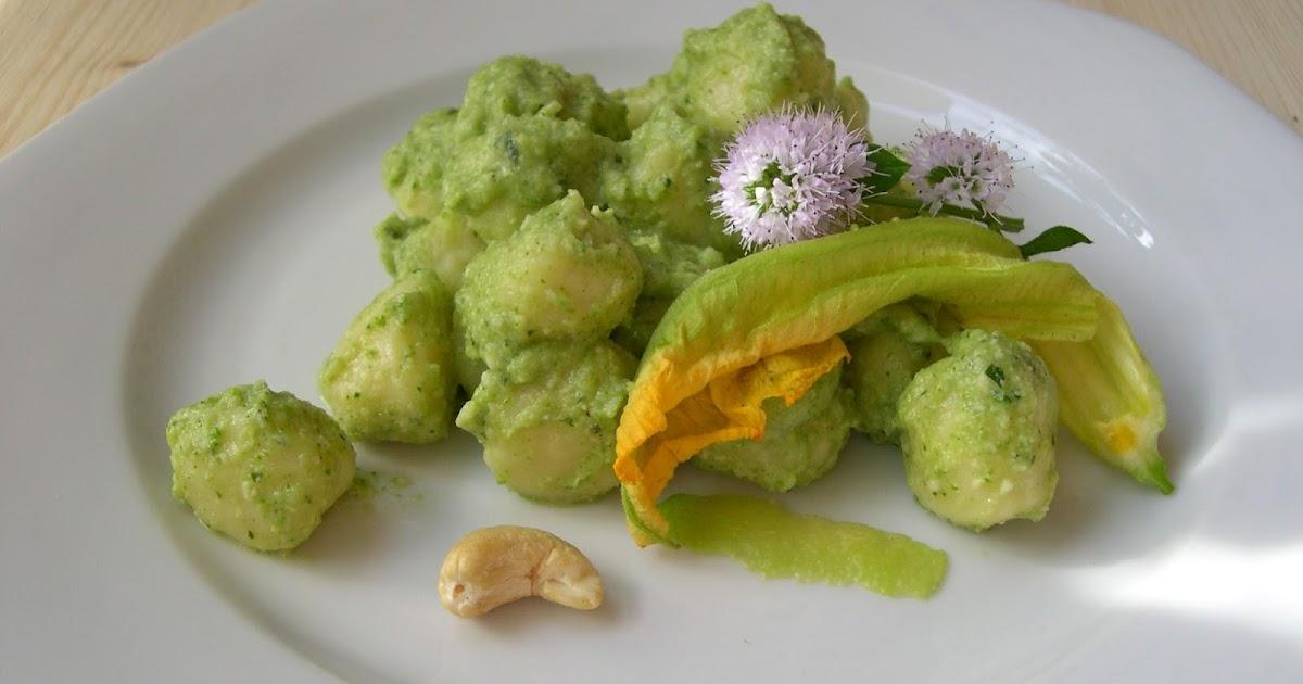 Gnocchi al pesto di zucchine crude - Roma incontra San Francisco