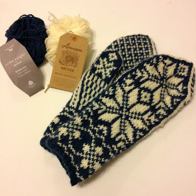 FO Friday: Selbu Mittens