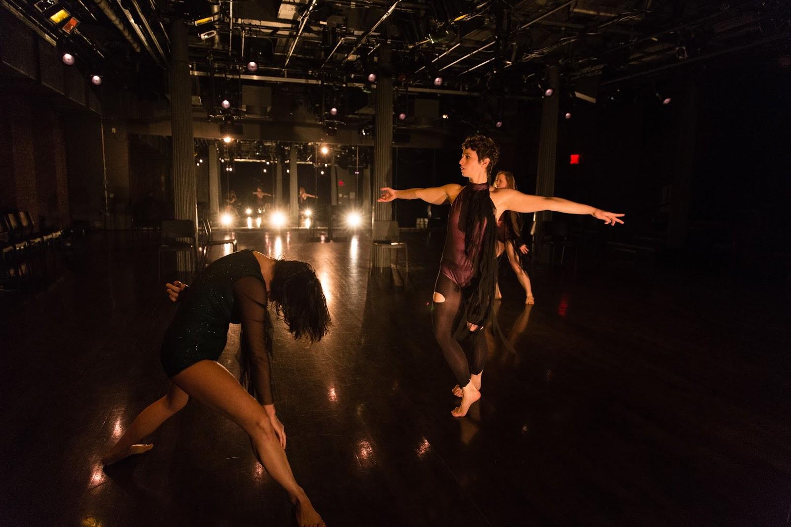 Infinitebody New Work By Molly Poerstel At Gibney Dance