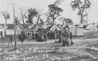 StateLibQld 1 110768 Influenza quarantine camp set up at Wallangarra 1919
