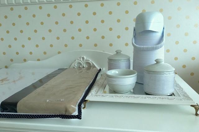 Kit higiene com bandeja, potes de cerâmica e garrafa térmica (loja Projeto Criança) - blog Carina Pedro