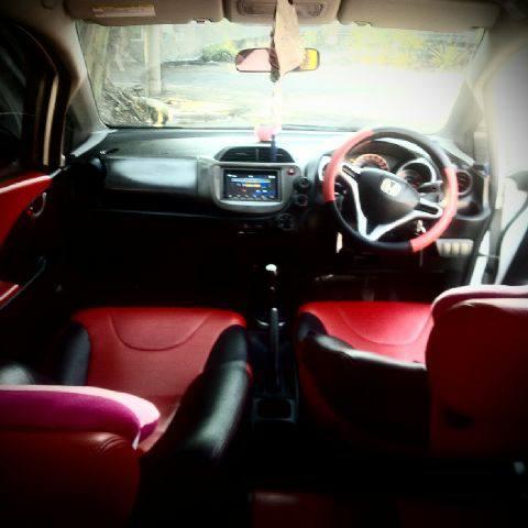 Honda Jazz S tahun 2011 bekas