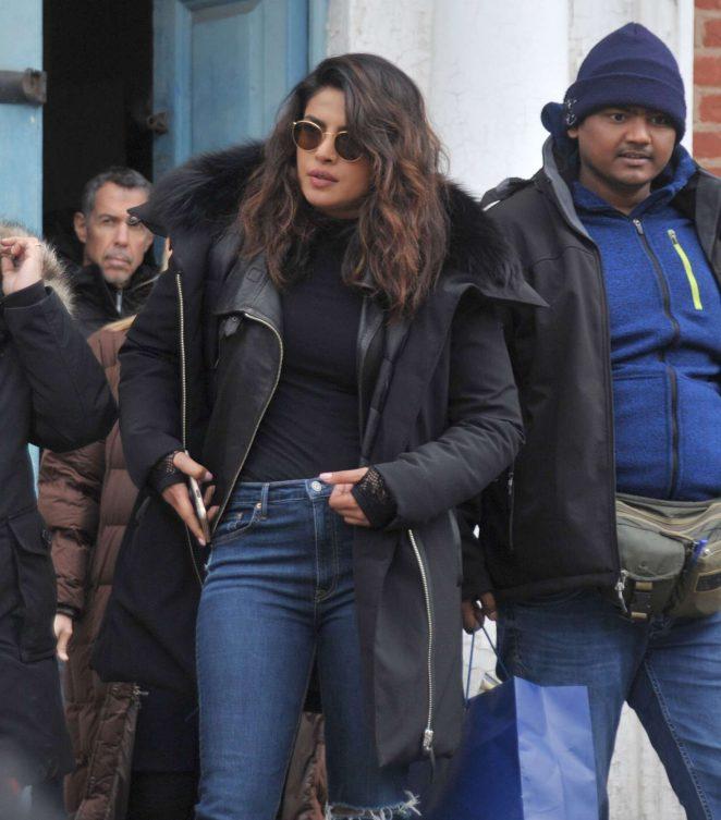 Priyanka Chopra Latest Hot Photoshoot