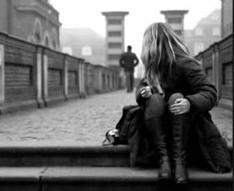 صور بنات حزينه كلام