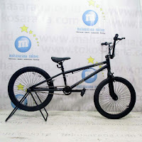 Pacific Black Out Freestyle Sepeda BMX 20 Inci Black