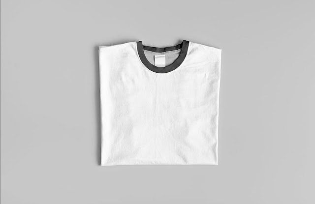mockup psd : Crew Neck T-Shirt Mock-Up