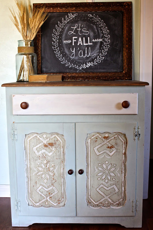 Taking a Risk (Frozen Inspired Cabinet)