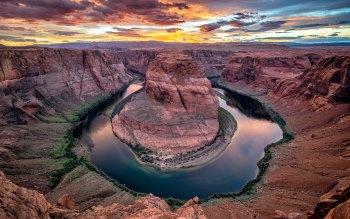 Wallpaper: Horseshoe Bend. Spectacular Sunset