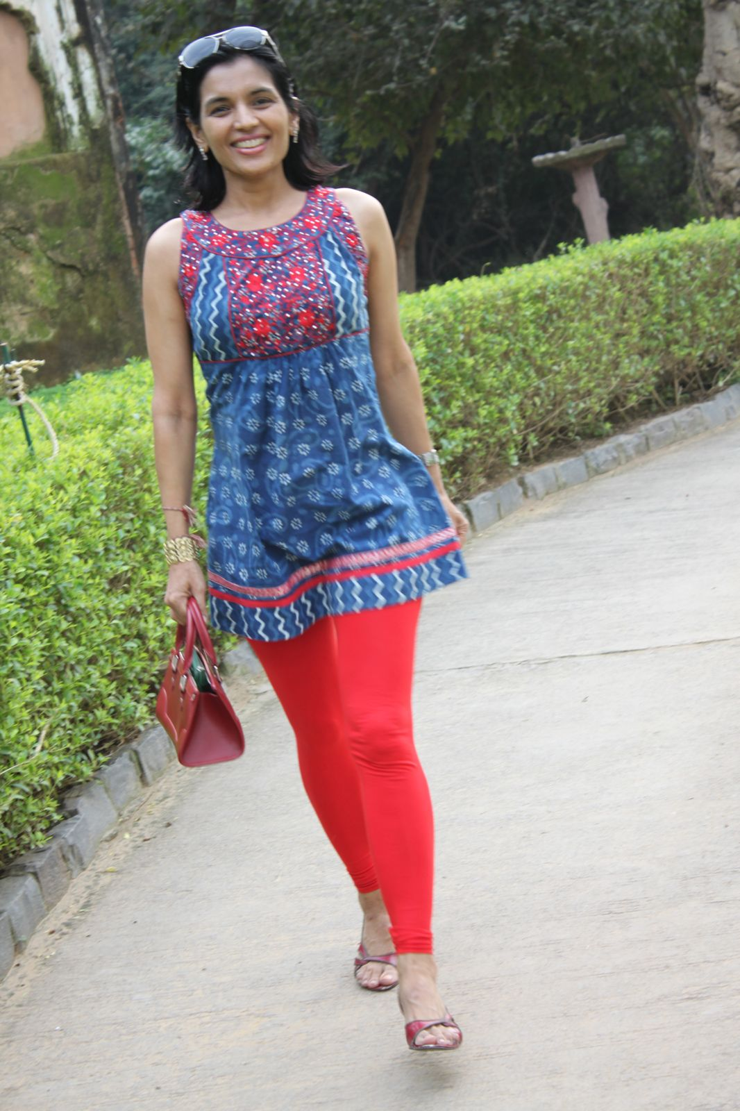 cbdc10a623c28 Top Indian fashion and lifestyle blog  Different ways to wear leggings   tights