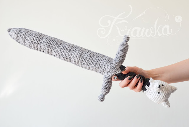 Krawka: crochet wolf sword- Game of thrones inspired pattern for Longclaw weapon of Jon Snow