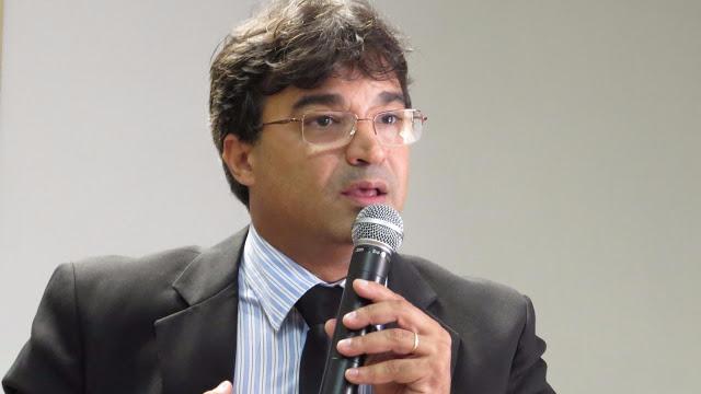 http://www.blogdofelipeandrade.com.br/2016/12/tce-atendeu-pedido-de-osvaldinho-para.html