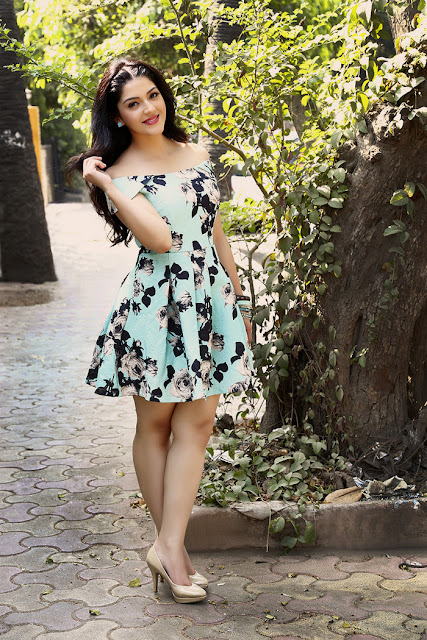 Mehreen Kaur Pirzada Height and Weight and Body Measurements