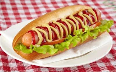 Hot Dog Harus Diberi Label Bahaya Bagi Kesehatan