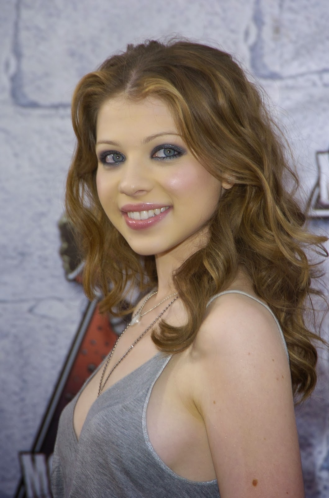 Michelle Trachtenberg Summary  Film Actresses-6472