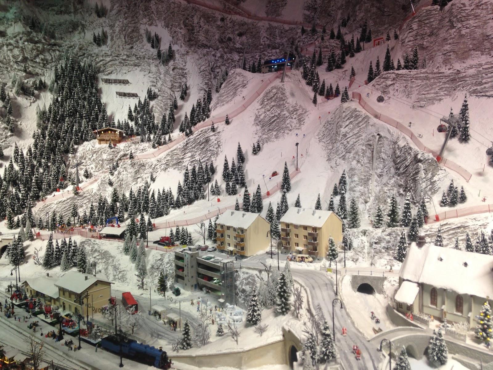 Mini World Lyon, paysage de montagne en hiver