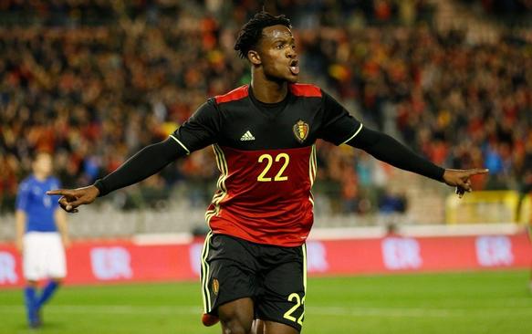 Michy Batshuayi, kala membela Negaranya Belgia pada Euro 2016