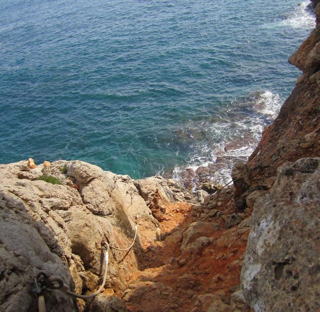 Sender d'accés a la cova Tallada
