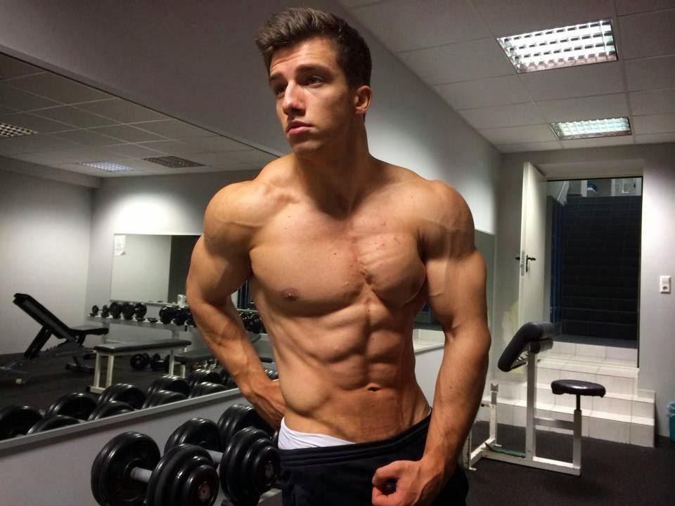 Body Builder Teen 65