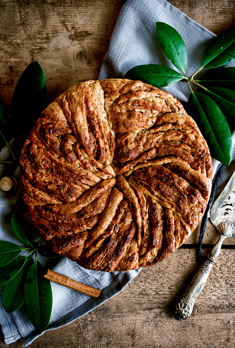 This vegan cinnamon bun cake is sweetened with apple and hazelnut flour to reduce the amount of (coconut) sugar used, and it's moist, sweet, and all about autumn. Save this for a chilly weekend baking project and prepare to be cozy.