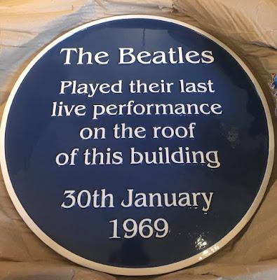 The Beatles Polska: Uroczyste odsłonięcie pamiątkowej tablicy na budynku przy Savile Row 3
