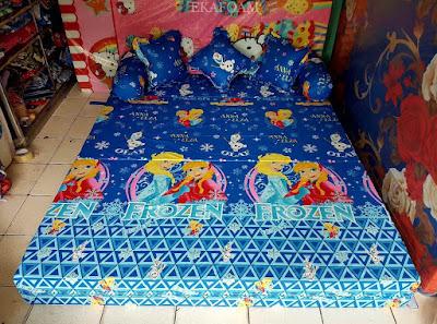 Sofa bed inoac motifFrozen anna elza biru