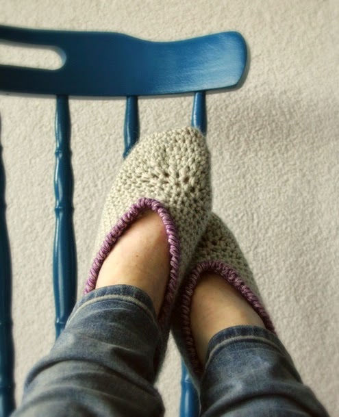 Happy in Red - Crochet Slippers