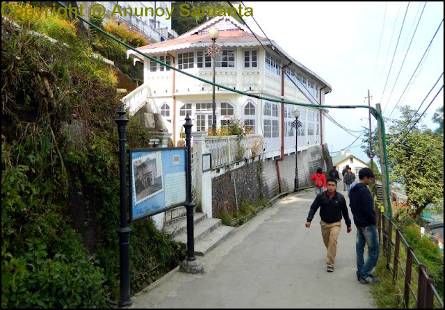 A failed Trip to Darjeeling - Boulevard of Broken Dreams
