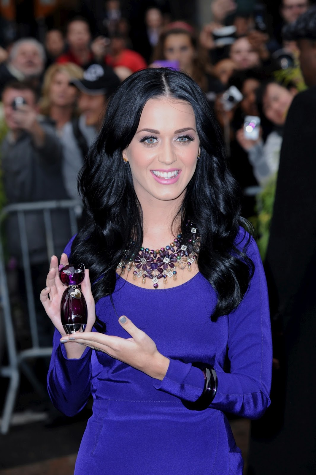 Wallpaper Katy Perry Queen Of Jungle