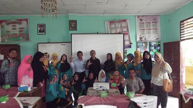 Salam Literasi, Guru-guru SD gugus 1 Kecamatan Tampan dan Tim Inprasa
