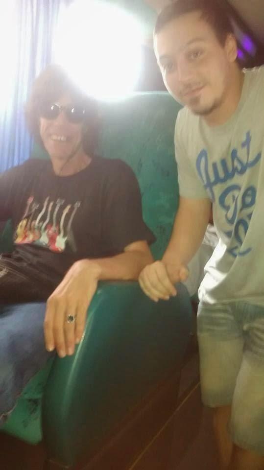 Mick Jagger como siempre sonriente