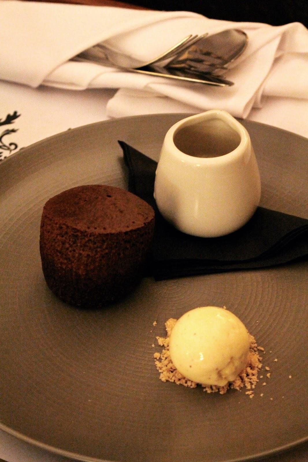 sticky toffee pudding dessert at Richmond Hill Hotel