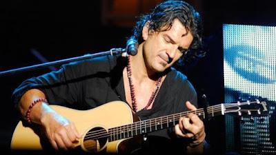 Foto de Ricardo Arjona en concierto