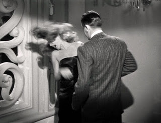 hostia en Gilda de Glenn Ford