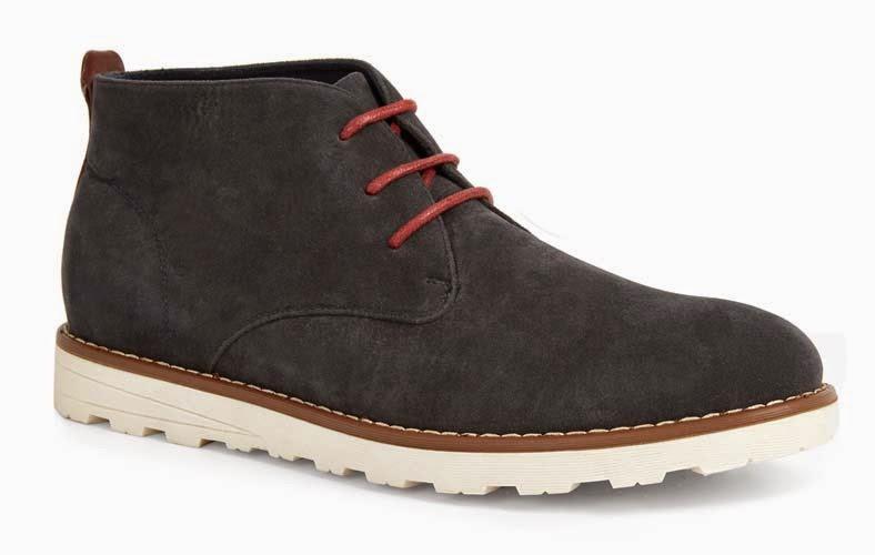 Zapatos en negro con cordones rojos para hombre